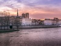 Sunset in Ile de la Cité